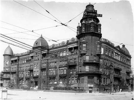 Ohio_St._Hotel_Metropole_1914