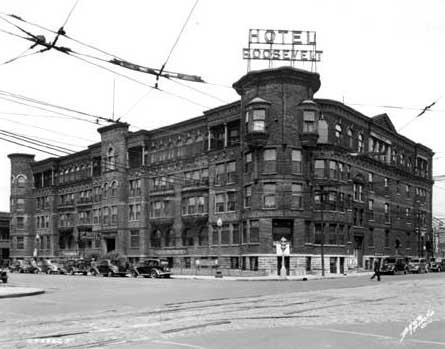 Ohio_St._Hotel_Roosevelt_1939